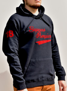 Sweat capuche flock rouge